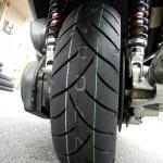 マジェスティ タイヤ交換バイク用品店めぐり